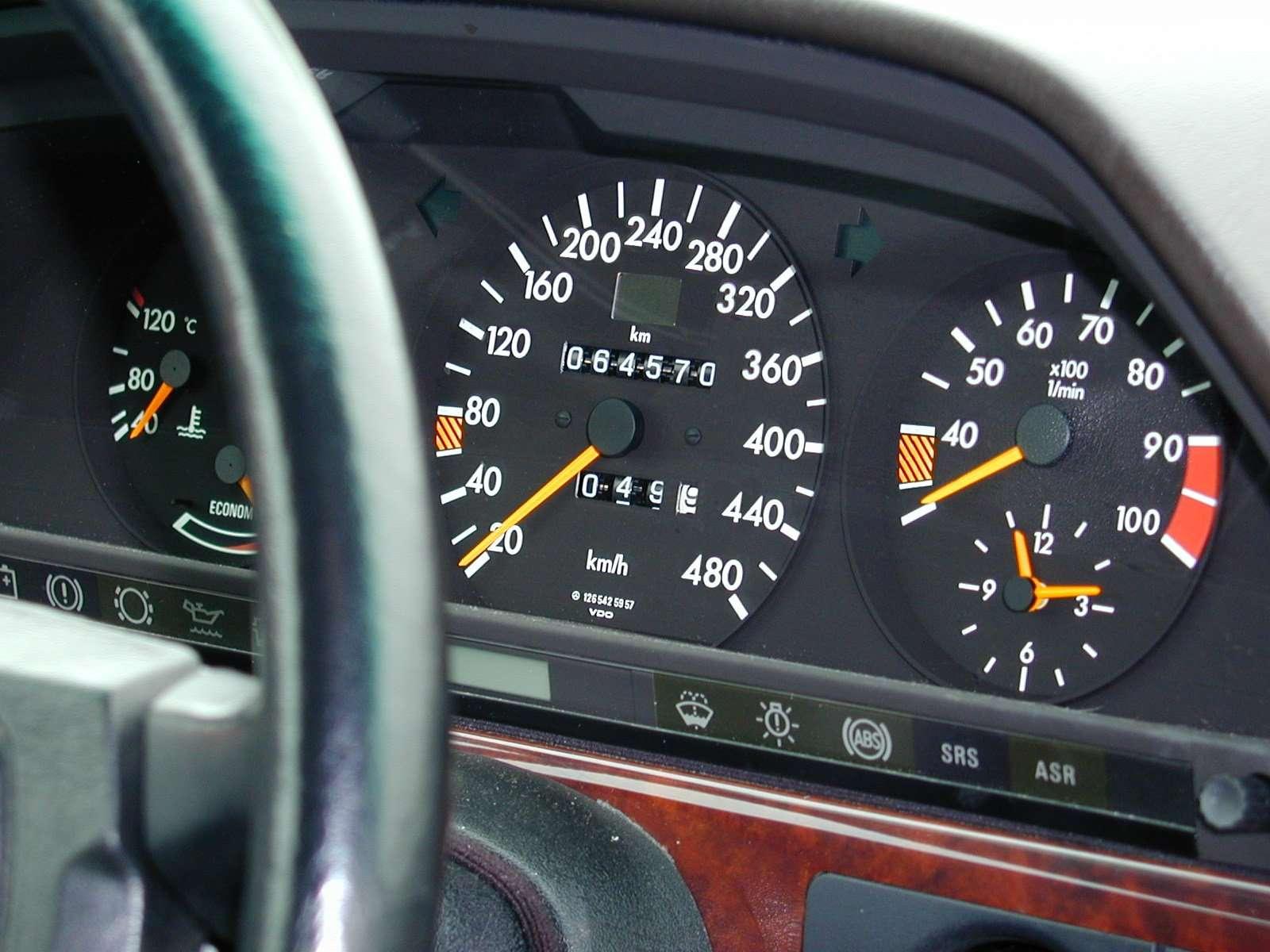 Toyota Tundra Diesel Review - Mercedes-Benz W126 560 SEL Biturbo Nitro 6-wheeler ...